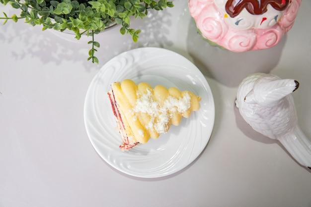 Mini weißer kuchen