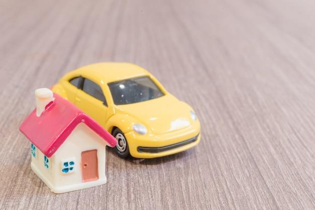 Miniaturmodelle für haus und auto