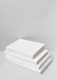 Minimalistisches sortiment an weltbuchtagen