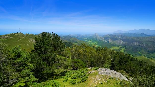 Mirador del fitu-standpunkt fito in asturien spanien