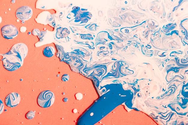 Mischfarbe der flachen lage auf orange hintergrund