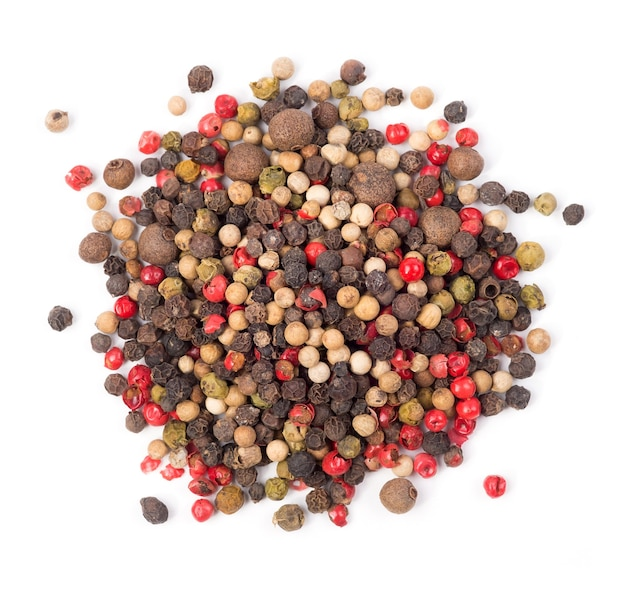Mischung aus paprika scharfe paprika roter pfeffer schwarzer pfeffer weißer pfeffer grüner pfeffer isoliert