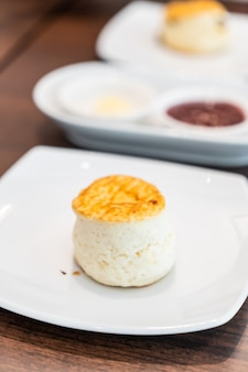 Mit butter und marmelade überbacken