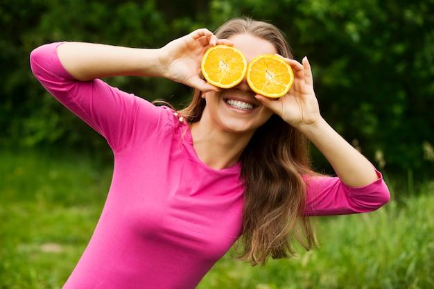 Mit orangen herumalbern