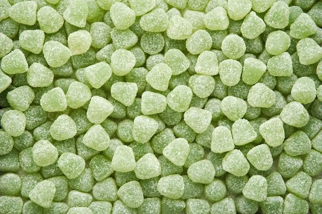 Mit zucker überzogene pastillen