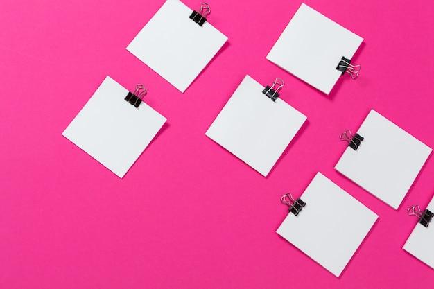 Mockup karten papiere. draufsicht, flach zu legen