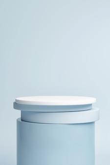 Mockup-sockel für produktpräsentation blauer hintergrund 3d-rendering 3d-darstellung