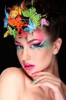 Mode brünette model portrait.
