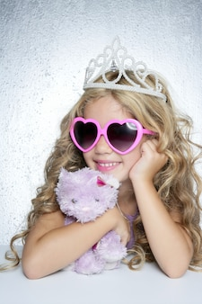 Mode kleiner prinzessinmädchen-rosa-teddybär