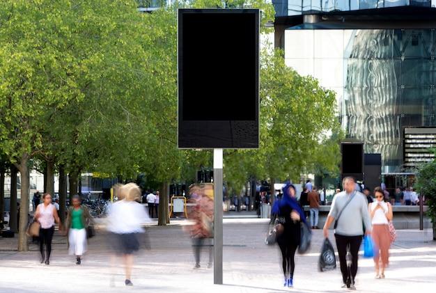 Modell einer plakatwerbung im freien