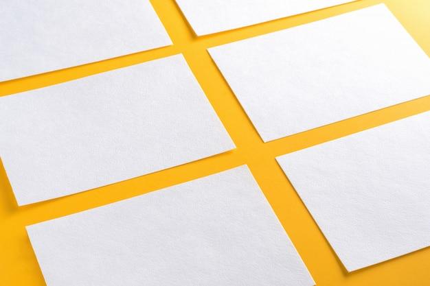 Modell von horizontalen visitenkarten
