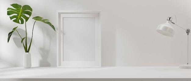 Modellrahmen in minimalem innenhintergrund mit pflanzenvase und lampe im wohnzimmer 3d-renderingd