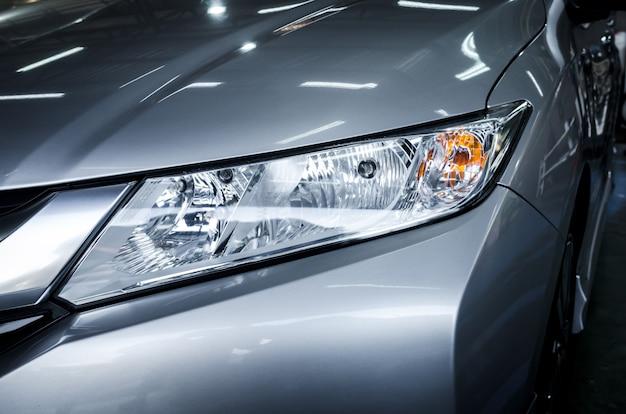 Moderne details mit autoscheinwerfer led