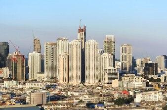 Moderne Gebäude im Zentrum von Bangkok