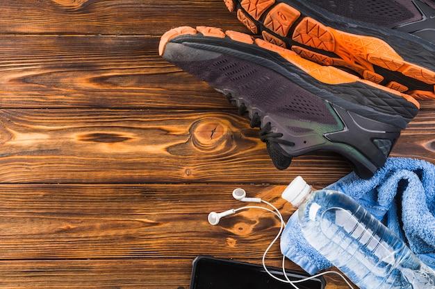 Moderne sportkomposition mit fitnesselementen