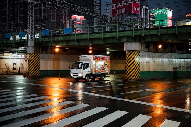 Moderne städtische innenstadtansicht