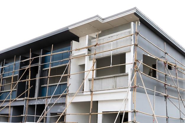 Moderne wohnreihenhäuser sind im bau.