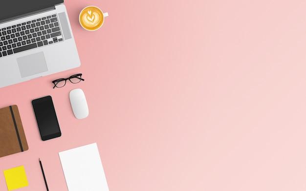 Moderner arbeitsplatz mit kaffeetasse, notizbuch, smartphone und laptop auf rosa farbe
