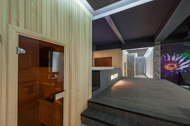 Moderner innenraum spa-komplex und die sauna