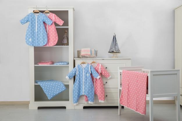 Modernes baby schlafzimmer