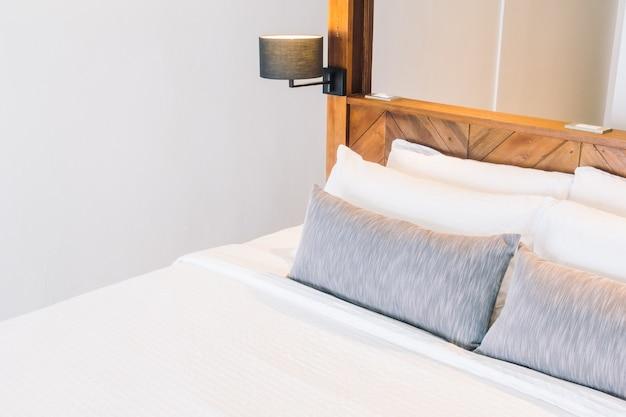 Möbel modern eingerichtete zimmer textil