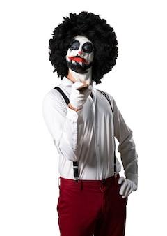 Mörder-clown mit messer
