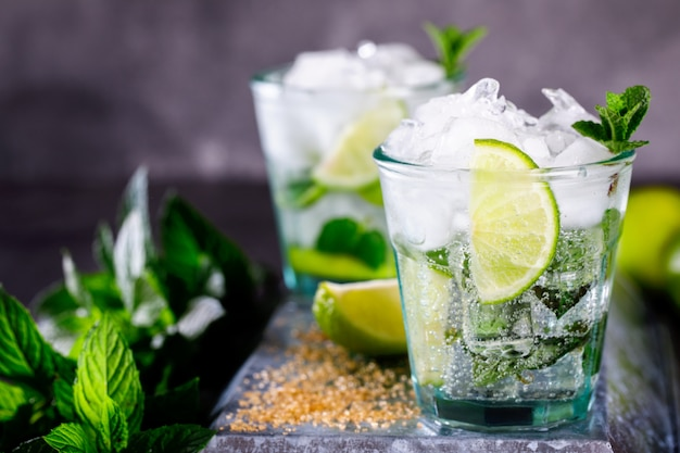 Mojito cocktail. sommerfestgetränk.