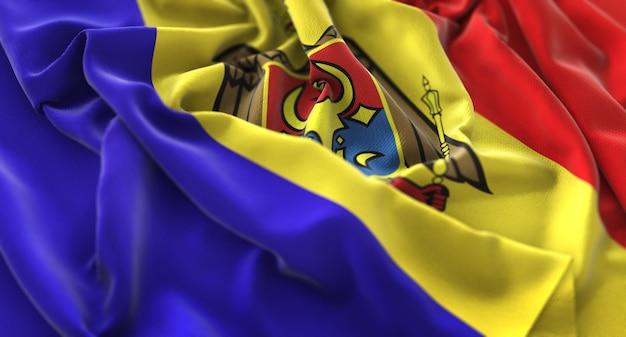Moldawien-flagge gekräuselt schön winken makro nahaufnahme shot