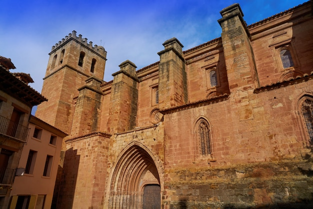 Mora de rubielos dorfkirche in teruel spanien