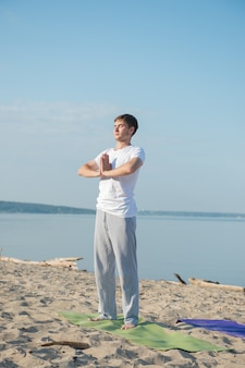 Morgen-yoga-meditation