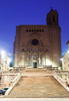 Morgenansicht von girona - gotische kathedrale