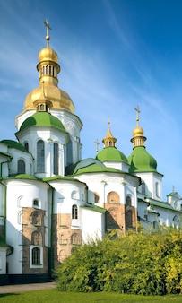 Morgendliche sophienkathedrale (http://en.wikipedia.org/wiki/saint_sophia_cathedral_in_kiev) kirchengebäudeansicht. kiew-stadtzentrum, ukraine.
