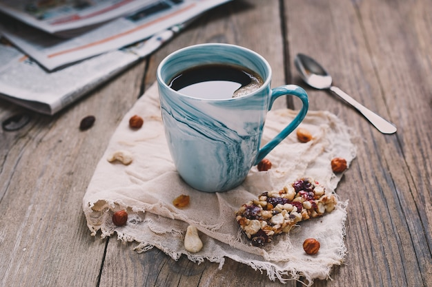 Morgenfrühstück mit müsli