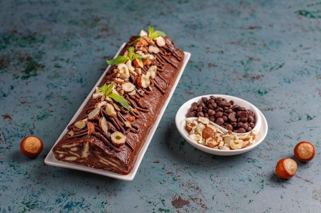 Mosaik-schokoladen-keks-kuchen
