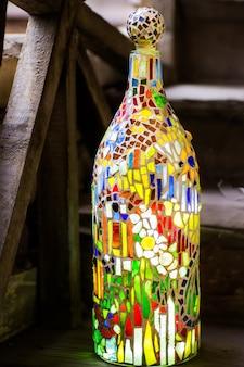 Mosaiklampe am fenster