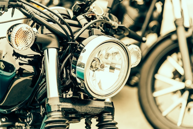 Motor lampe metall glänzend verchromt