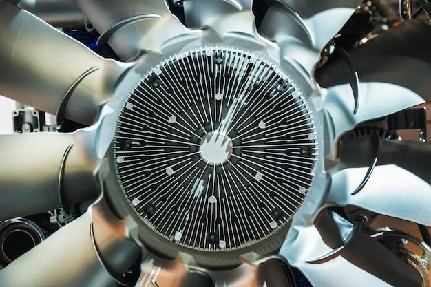 Motorlüfter des lkw-kühlsystems. fahrzeugteile