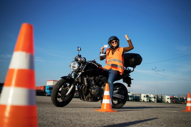 Motorradfahrschule. Premium Fotos