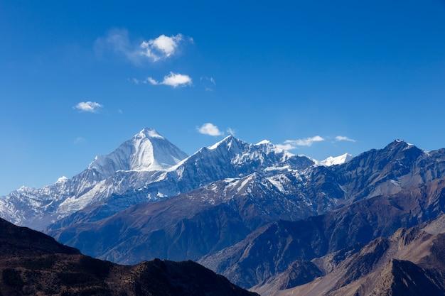 Mount dhaulagiri und tukuche peak