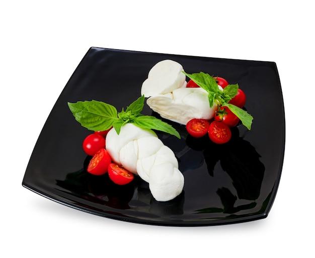 Mozzarella di bufala, typisches milchprodukt der region kampanien in süditalien.