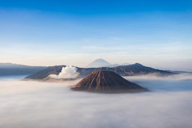 Mt. brom