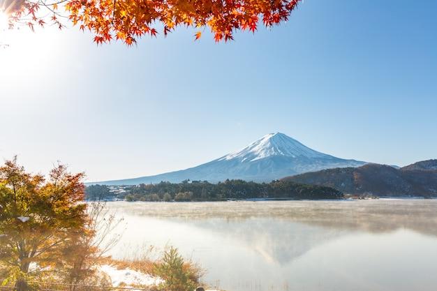 Mt. fuji im herbst japan