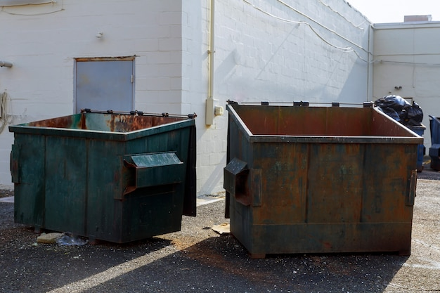 Müllcontainer für die selektive sammlung von rycycling-materialien