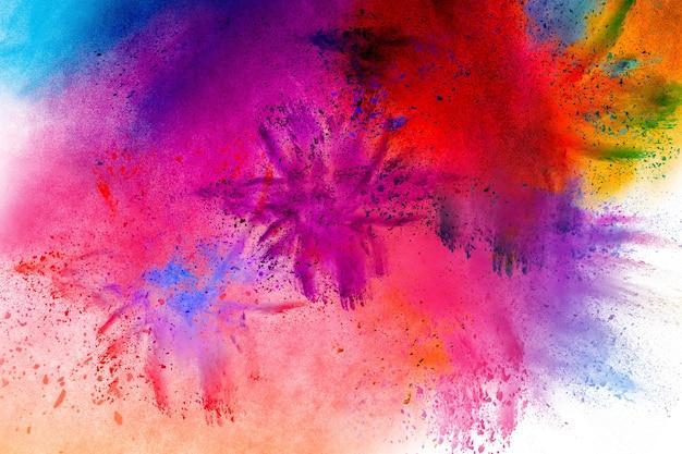Multi farbpulver explosion auf schwarzem hintergrund