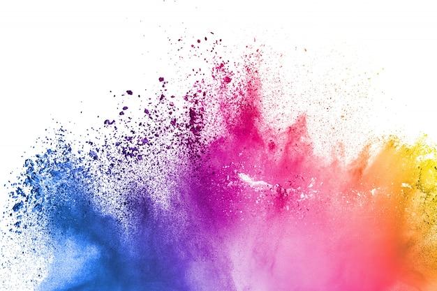 Multi farbpulverexplosion auf weißem hintergrund.