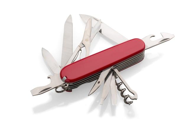 Multi-tasking-taschenmesser aus metall isoliert auf weiß