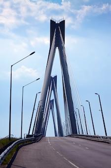 Murom kabelbrücke durch oka