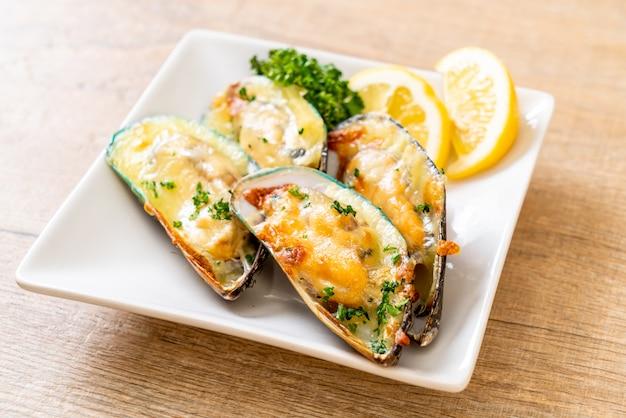 Muschel mit käse überbacken