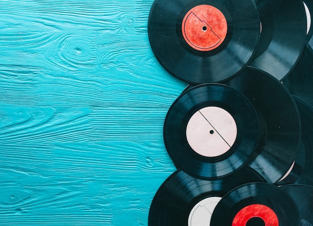 Musik-aufzeichnungen auf holzuntergrund