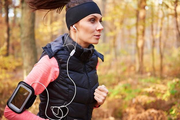 Musik und joggen sorgen dafür, dass ich mich entspannt fühle